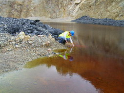 Sampling Highly Contaminated Pitwater